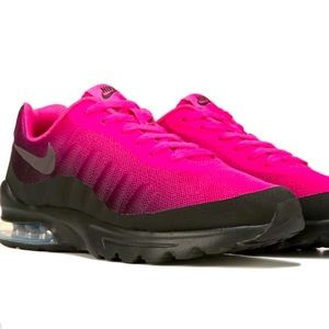 Nike Air Max Invigor Sneaker GS